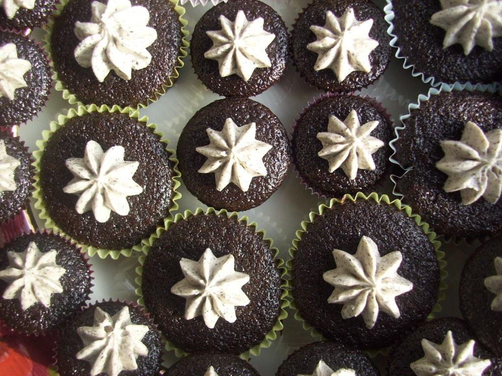 Oreo Cream Cupcakes Recipe