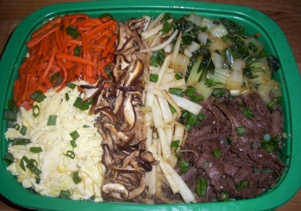 Recipe: Bibimbap Pasta With Gochujang Sauce