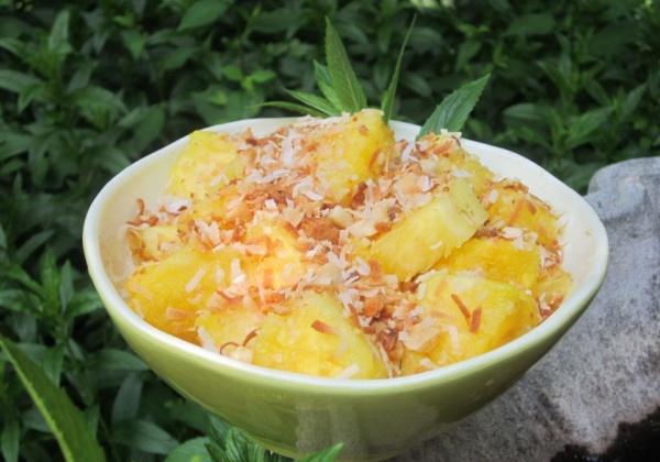 Recipe: Tropical Pineapple Salad
