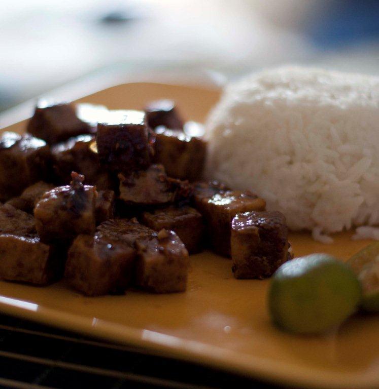 Sweet and spicy tofu bites