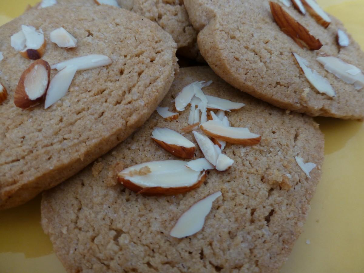Almond ginger vegan cookies