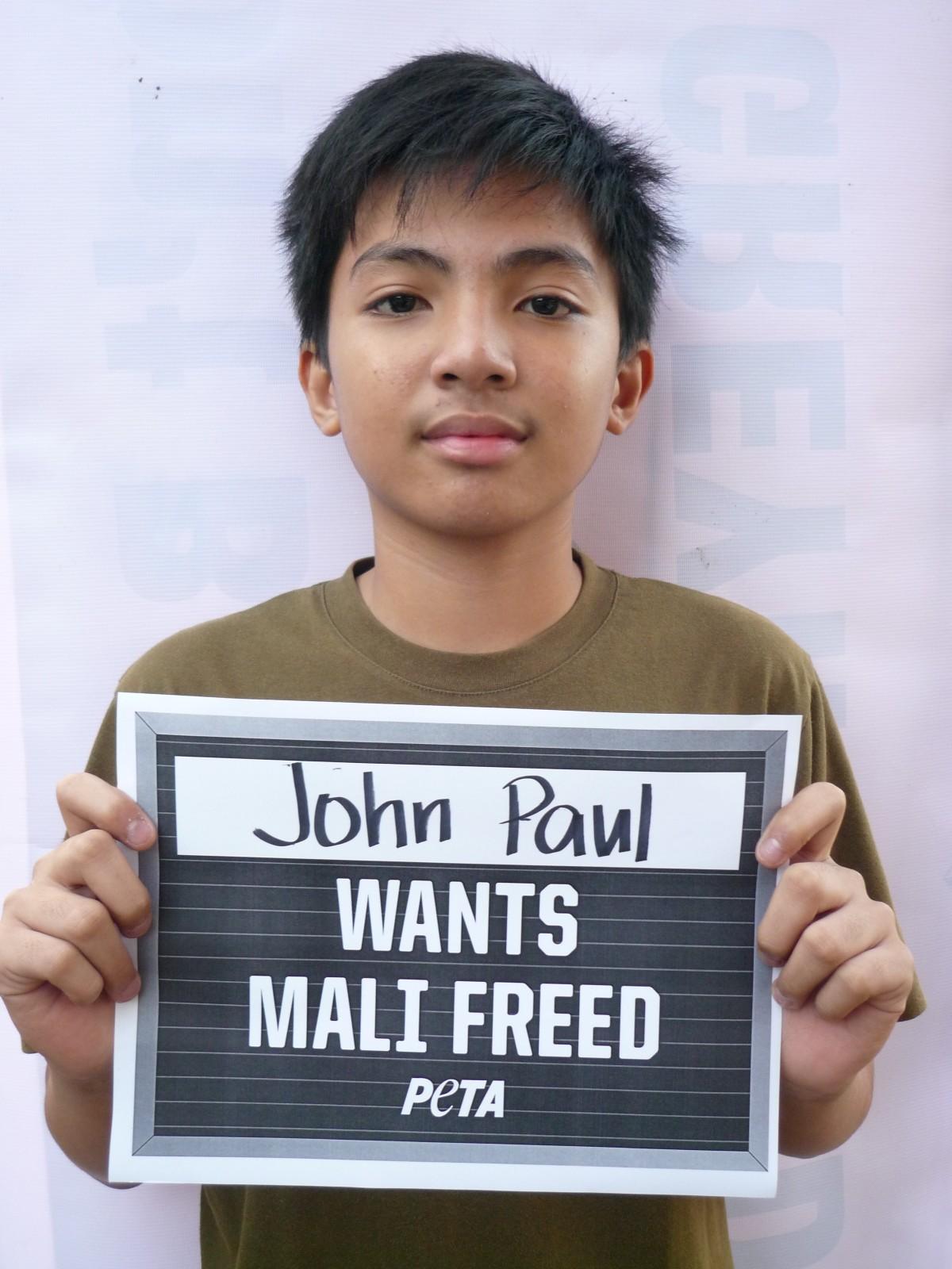 Get 'Mugged': Help Free Mali From a Life Sentence