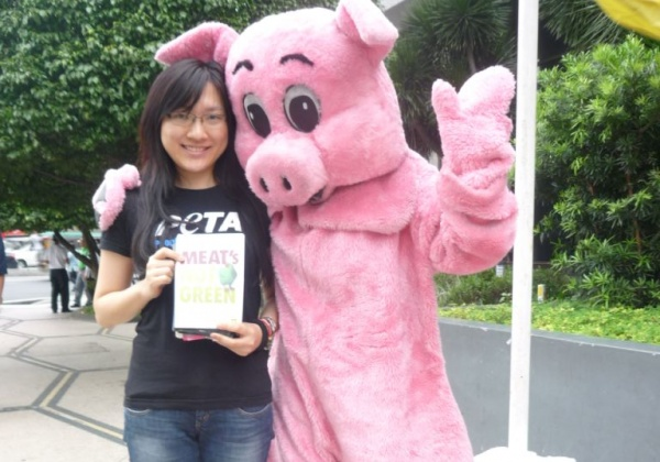 Leafleting With a Pig