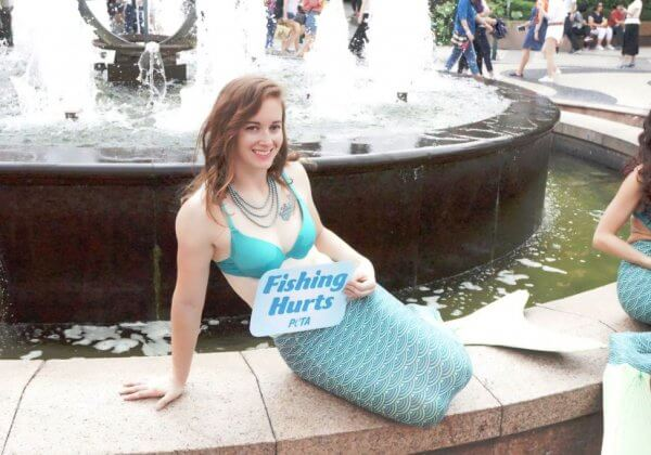 PHOTOS: Sexy 'Mermaids' in Macau Stick Up for Fish