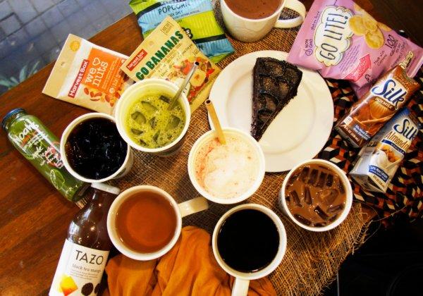 What's Vegan at Starbucks Philippines? Cake and More!