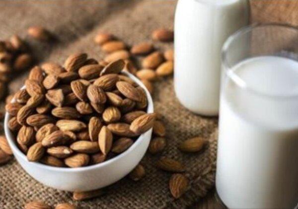 How to Make Vegan Milk at Home
